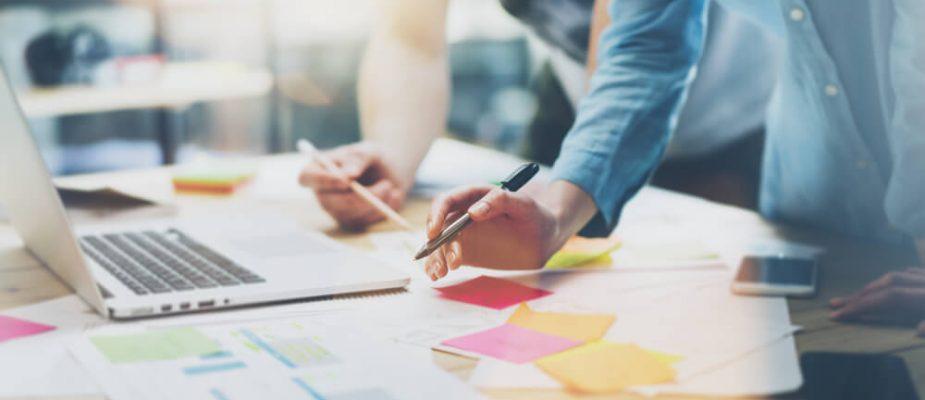 Como alinhar o gerenciamento de projetos aos outros setores da agência?